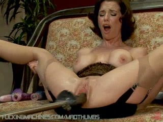 Horny Brunette Uses The Fucking Machine While Vibrating Her Clit To Squirt