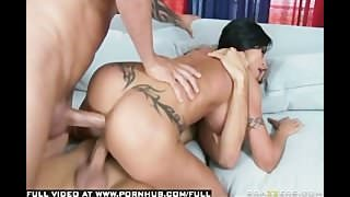 BIG TIT BRUNETTE MILF PORNSTAR ANAL POUNDED BY WINDOW WASHER GUY.