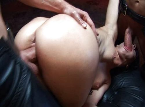 Aliz In A Rough Leather Gangbang