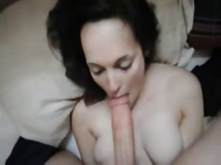 Beautiful Amateur Is Gifted At Deep Throating