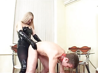 Domina strapon hard fuck