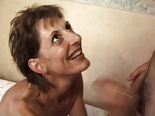 FRENCH MATURE 17 slim hairy anal mom milf in threesome