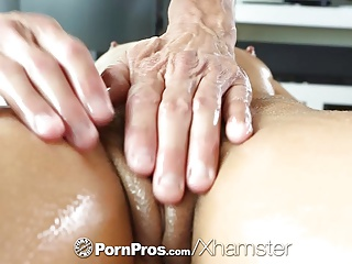 HD PornPros - Sexy brunette Adriana Chechik holes fucked