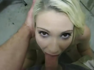 Just fuck that blonde girls mouth