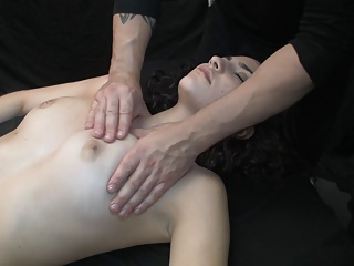 Massaged to squirting orgasms (Highlights of Massage 54)