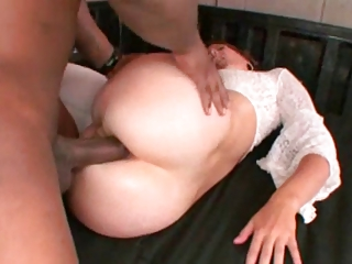 Mature slut takes it black and anal
