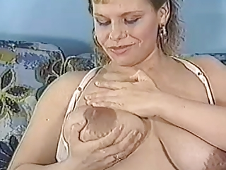 indian-sex-milf-big-boobs-milking-and-bottoms-strippers