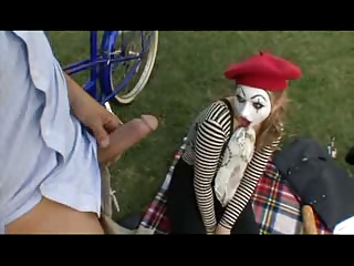 Mimes ain't that bad