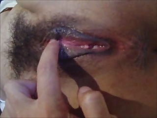 Squirting wet hairy pussy closeup