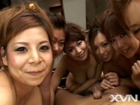 6 Japanese girls massage and take turns fucking a guy