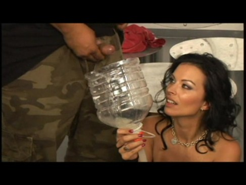 Bailey brooks, american busty girl drinks dozens of loads of