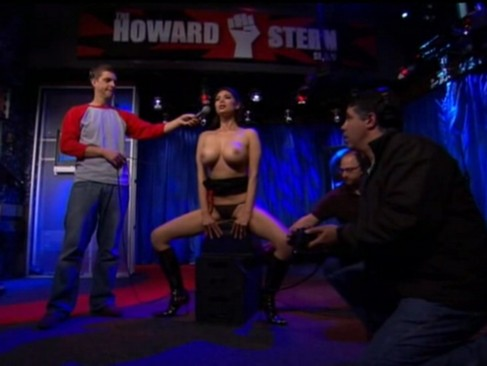 Howard Stern - Tera Patrick and Siobahn ride the Sybian
