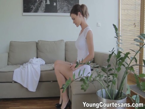 Young Courtesans - First courtesan date f ...