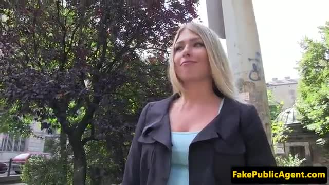 Real Euro student gets mouth jizzed for cash