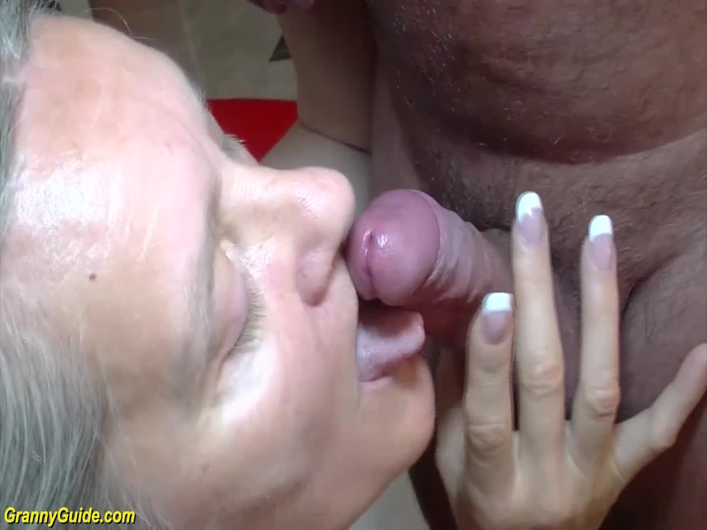 Hourd sterns nude shows