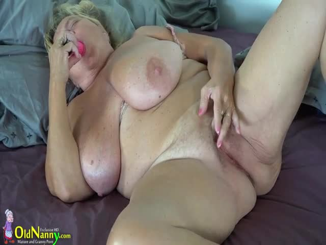 Naked sex pussy