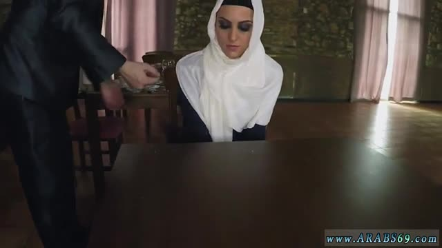 French arab milf and monster Hungry Woman Gets Food and Fuck