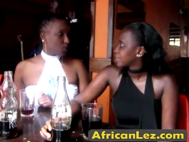 African lesbians with plump butts lick and finger wet