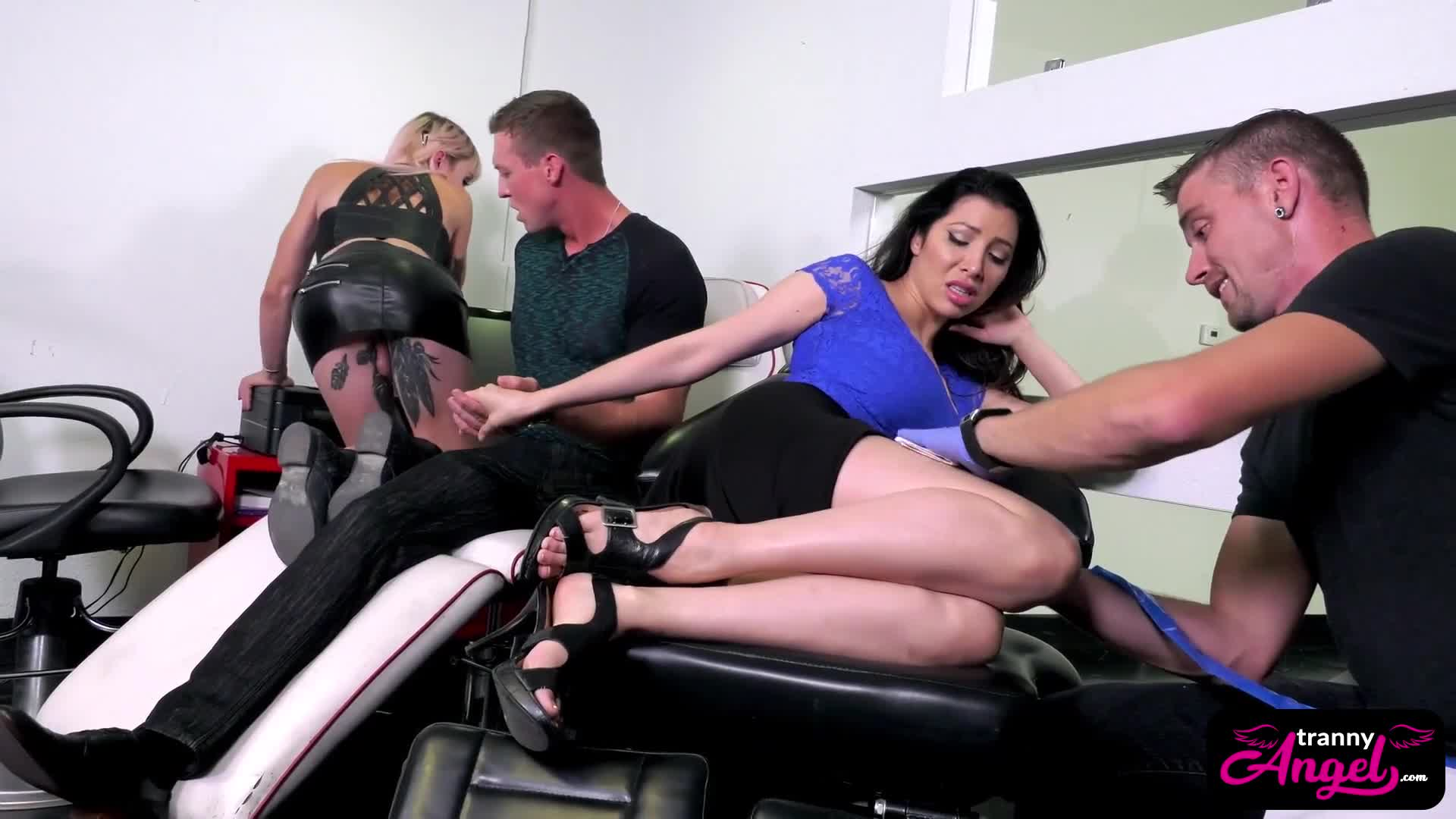 TS tattoo artist Lena Kelly gets some anal satisfaction