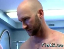 Free gay muscle men porn clips and boy anal penis insertion video First