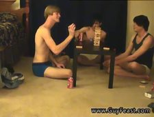 Under arm shaving of gay xxx This is a lengthy flick for you voyeur types