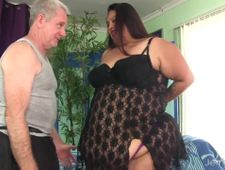 A video by rogueguy: Fatty Lorelai Givemore gets sensual massage   uploaded 2 months, 1 week ago