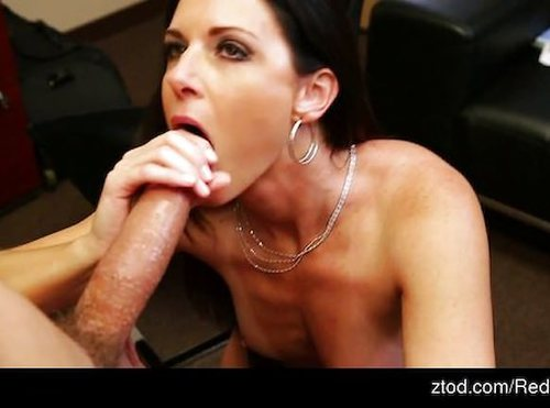 India Summers Has Sex With Her Boss At Work