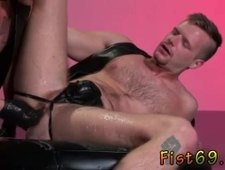 Sugar daddy fist fuck gay first time Brian Bonds heads to Dr