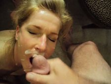 Pretty blonde wife suck cock with the door open,she don't care her mother caught her