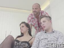 Bisexual threeway with muscular dude and cute twink